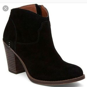 Lucky brand bootie suede new